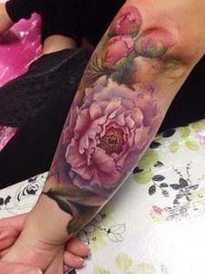 Lianne Moule - 200 Floral Tattoos - Beautiful Flower Designs, Ideas for Tattoos