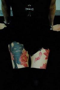 cat with kyoto lotus - 50 Elegent  - 185 Thigh Tattoos