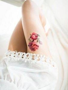 Rose thigh tatto - 185 Thigh Tattoos