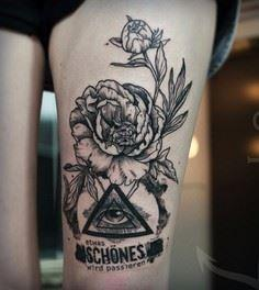 A truly well detailed Triangle Gly - 185 Thigh Tattoos